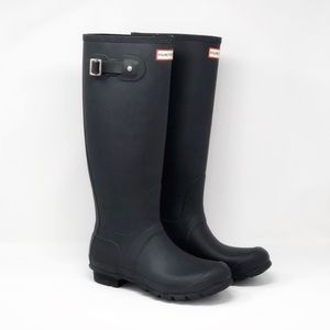 Hunter Original Tall Rain Boots Matte Black 🌿